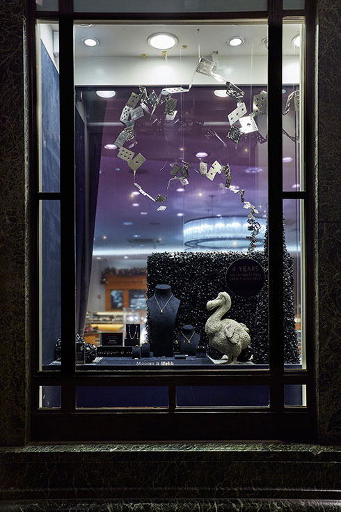 Mappin & Webb Alice in Wonderland Anniversary Windows - Image 3