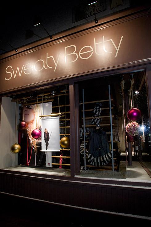 Sweaty Betty Ribbon Balls - Image 3