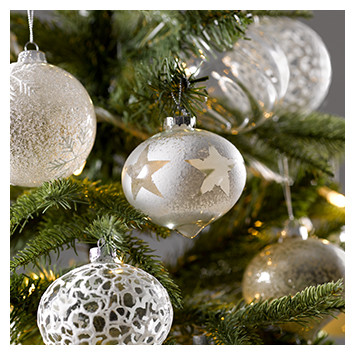 Christmas Decorations for Retail Displays & Events | DZD
