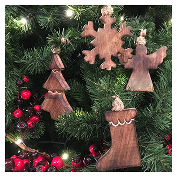 WOODEN DECORATIONS