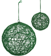 YARN WRAPPED BALLS - GREEN - Green