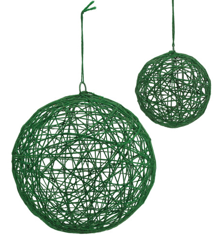 YARN WRAPPED BALLS - GREEN Green