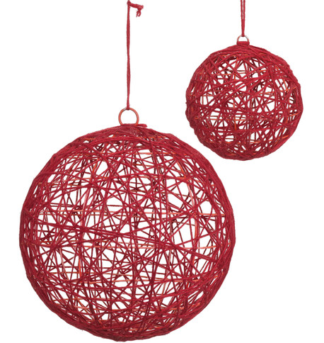 YARN WRAPPED BALLS - RED Red
