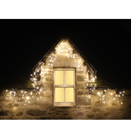 Pro Series Multifunction Icicle Lights Warm white on white