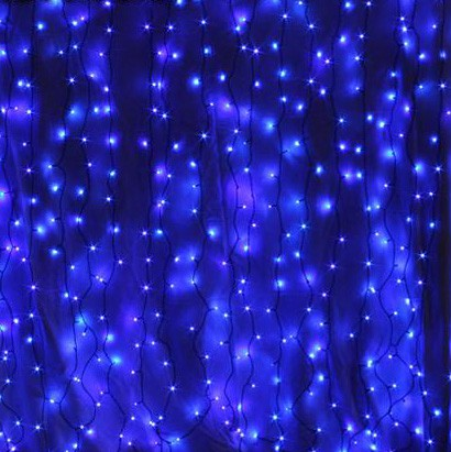 Indoor Curtain Lights Blue on Green Cable